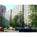 Трёхкомнатную квартиру  65 кв. м.  г.  Подольск,  ул.  Веллинга д. 6.  центр города.